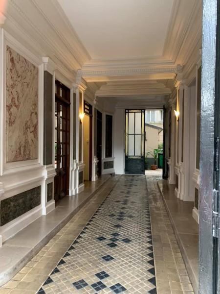 Couloir d'une maison rénovée